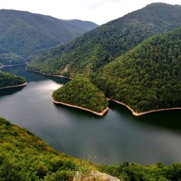 One day hike to Lucaci Stone (Tarnița Lake)